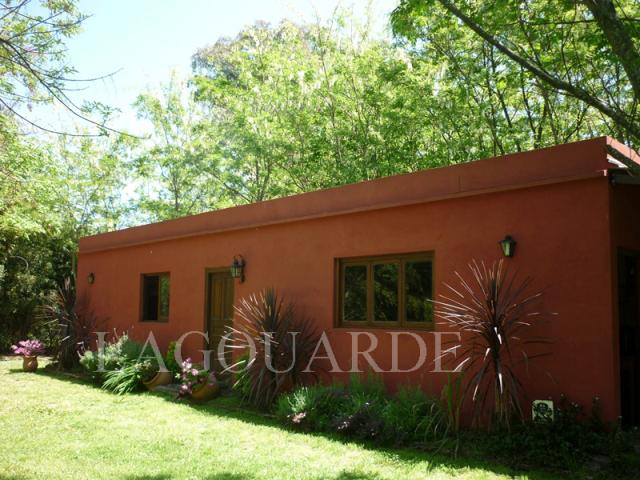 Foto Casa en Venta en  Campana ,  G.B.A. Zona Norte  Quinta en venta barrio Santa Brigida