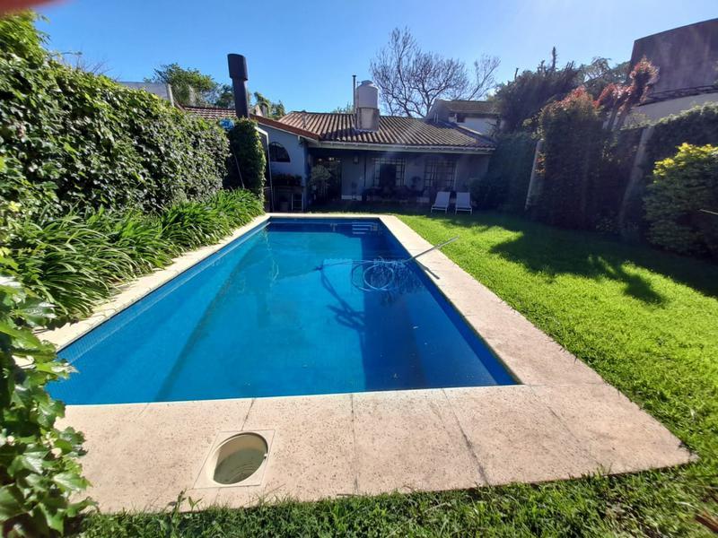 Foto Casa en Venta en  Beccar,  San Isidro  Los Patos al 1500