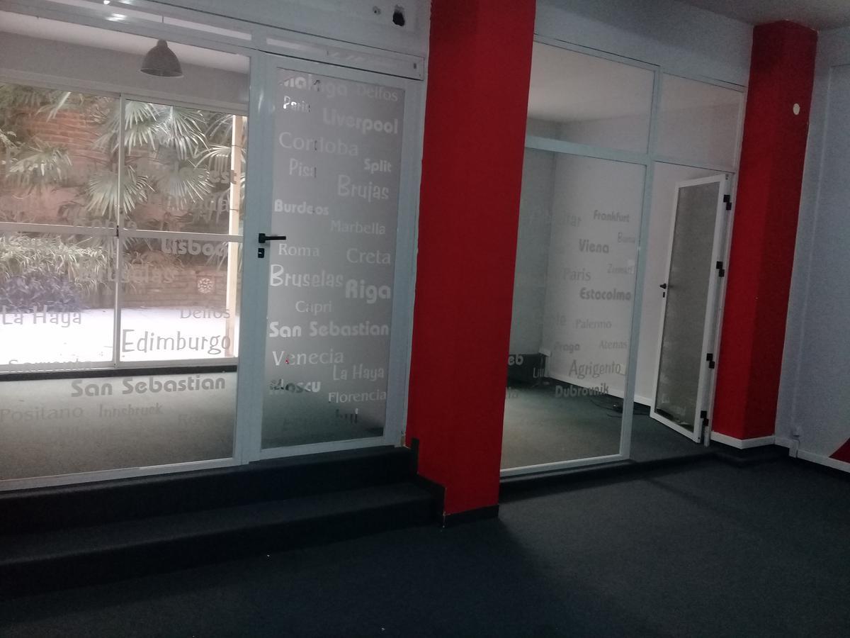 Foto Oficina en Alquiler en  Palermo ,  Capital Federal  Muy buena oficina ubicada en la planta baja.  Billunghurst 1100 e/ Gorriti y Cabrera-Palermo.