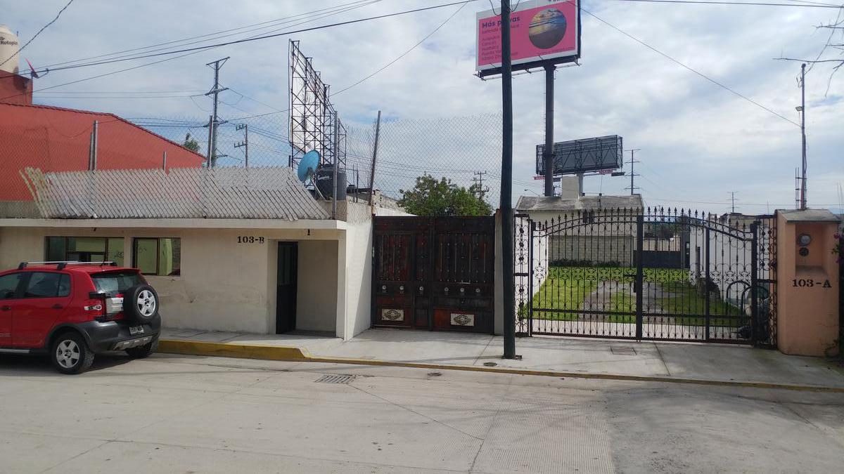 Foto Casa en Venta en  San Pedro,  San Mateo Atenco  Adolfo Lopez Mateos al 100