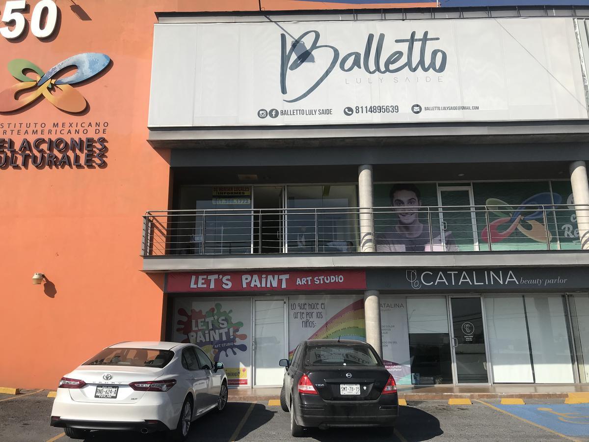 Foto Local en Renta en  Residencial Las Colinas,  Monterrey  Sendero de las Colinas