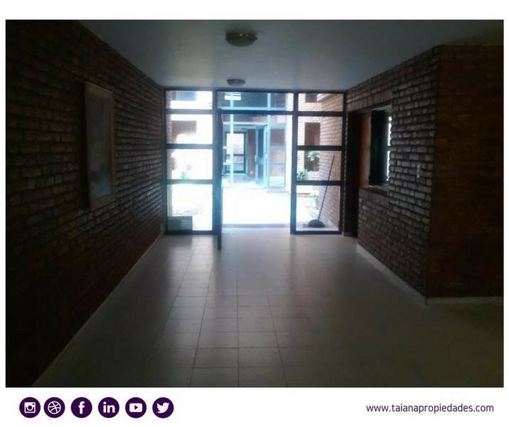 Foto Departamento en Alquiler en  Nueva Cordoba,  Capital  Ambrosio Olmos 951| PB A