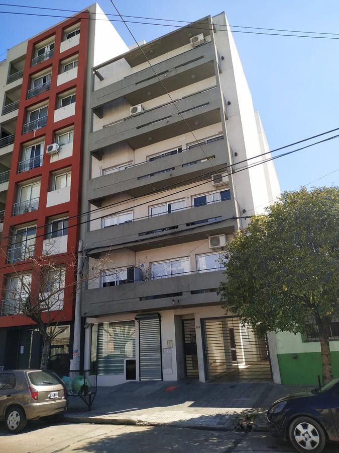 Foto Departamento en Venta en  La Plata,  La Plata  calle 33 859 e/13 y 14