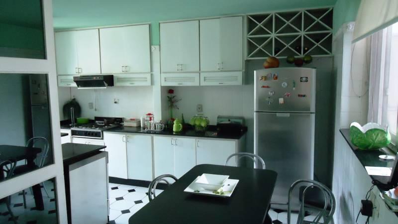 Foto Departamento en Alquiler en  Recoleta ,  Capital Federal  Cerrito al 1400, 5 piso