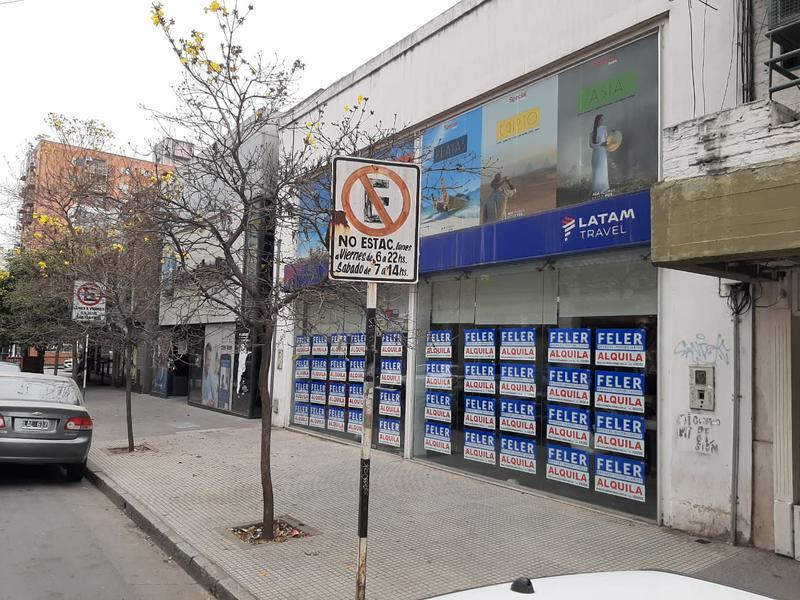 Foto Local en Alquiler en  San Miguel De Tucumán,  Capital  San Juan N° al 400