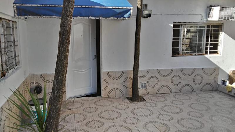 Foto PH en Alquiler en  Lomas de Zamora Oeste,  Lomas De Zamora  Boedo 2465