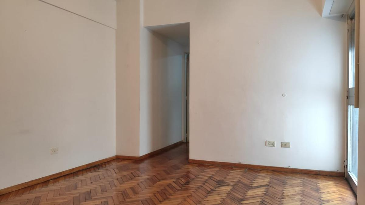 Foto Departamento en Alquiler en  San Telmo ,  Capital Federal  Tacuarí al 800
