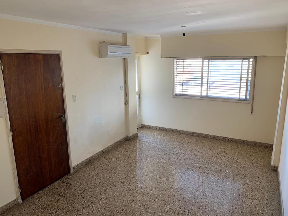 Foto Departamento en Venta en  Santa Fe,  La Capital  La Rioja al 3000