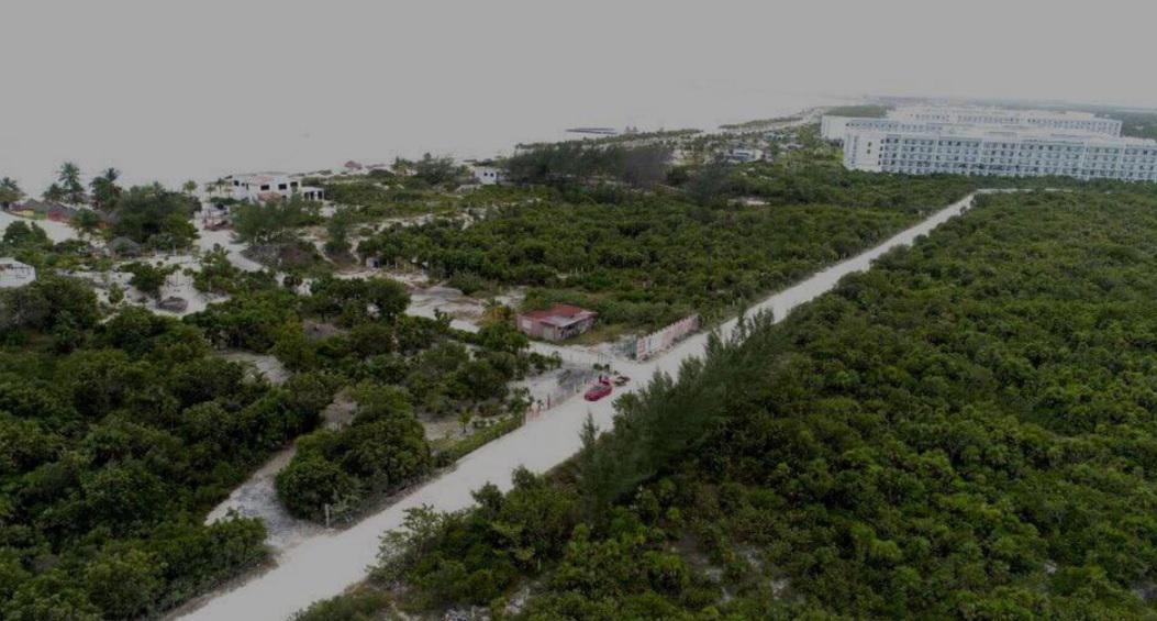 Foto Terreno en Venta en  Benito Juárez ,  Quintana Roo  Terreno en venta, ubicado en Santa Fátima, Isla Blanca