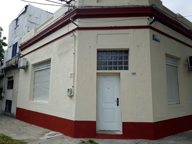 Foto Local en Alquiler en  Paso Molino ,  Montevideo  Paso Molino