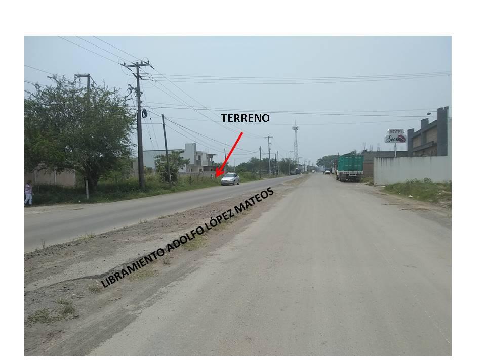 Foto Terreno en Venta en  Tuxpan ,  Veracruz  TERRENO   EN   VENTA   LIBRAMIENTO  EN  LIBRAMIENTO  ESQUINA  CALLE  PUERTO  VALLARTA