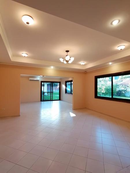 Foto Casa en Alquiler en  Ycua Sati,  Santisima Trinidad  Zona Ykua Sati