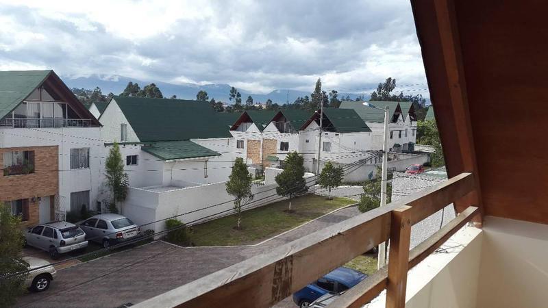 Foto Casa en Venta en  Norte de Quito,  Quito  CAMINO DE LOS EUCALIPTOS