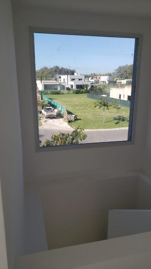 Foto Casa en Venta en  Pilar ,  G.B.A. Zona Norte  Venta Casa Santa Elena Pilar del Este