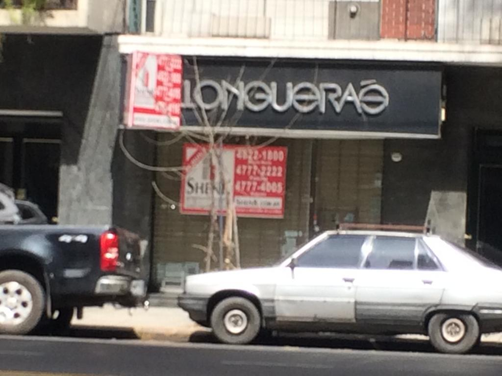 Foto Local en Alquiler en  Palermo ,  Capital Federal  Av. Las Heras al 3800