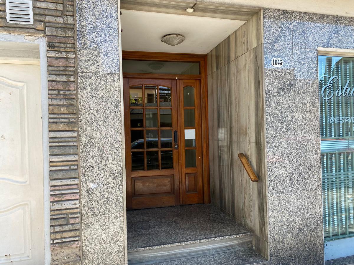 Foto Departamento en Alquiler en  Boedo ,  Capital Federal  Treinta y Tres Orientales al 1000