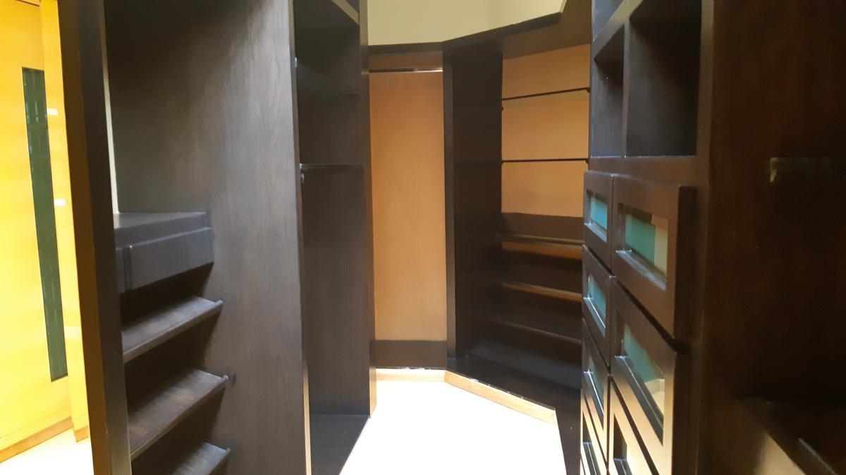 Foto Casa en Renta en  Huixquilucan ,  Edo. de México  Casa de lujo en tecamachalco
