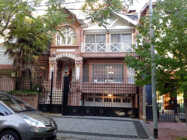 Foto Casa en Alquiler en  Mart.-Vias/Libert.,  Martinez  PIROVANO al 600