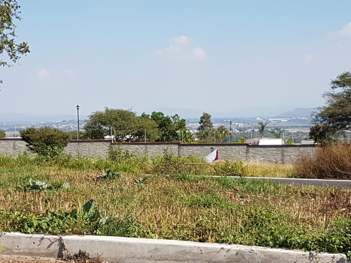 Foto Terreno en Renta en  Ciudad Maderas Residencial Querétaro,  El Marqués  Terreno en Venta Uso de suelo comercial en Ciudad Maderas Qro, Mex.