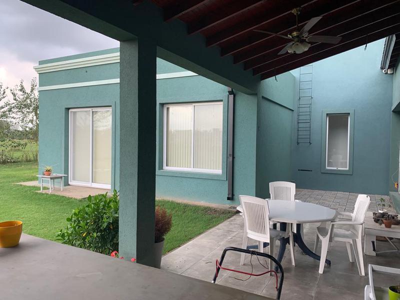 Foto Casa en Venta en  Fincas del Alba,  Countries/B.Cerrado (Ezeiza)  Venta - Casa en Fincas del Alba