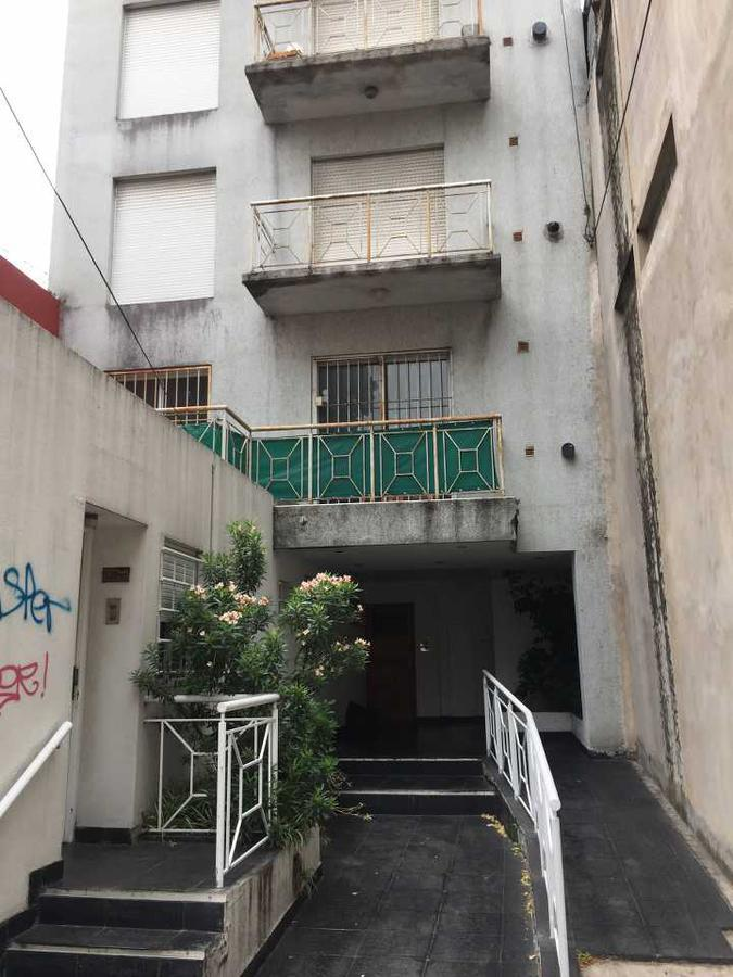 Foto Departamento en Alquiler en  La Plata,  La Plata  48 e 1 y 2