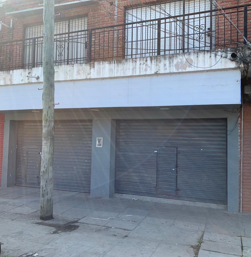 Foto Local en Alquiler en  El Talar,  Tigre  Hipólito Yrigoyen N° 2554, El Talar