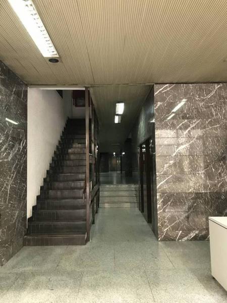 Foto Oficina en Venta en  Recoleta ,  Capital Federal  Arenales al 1100