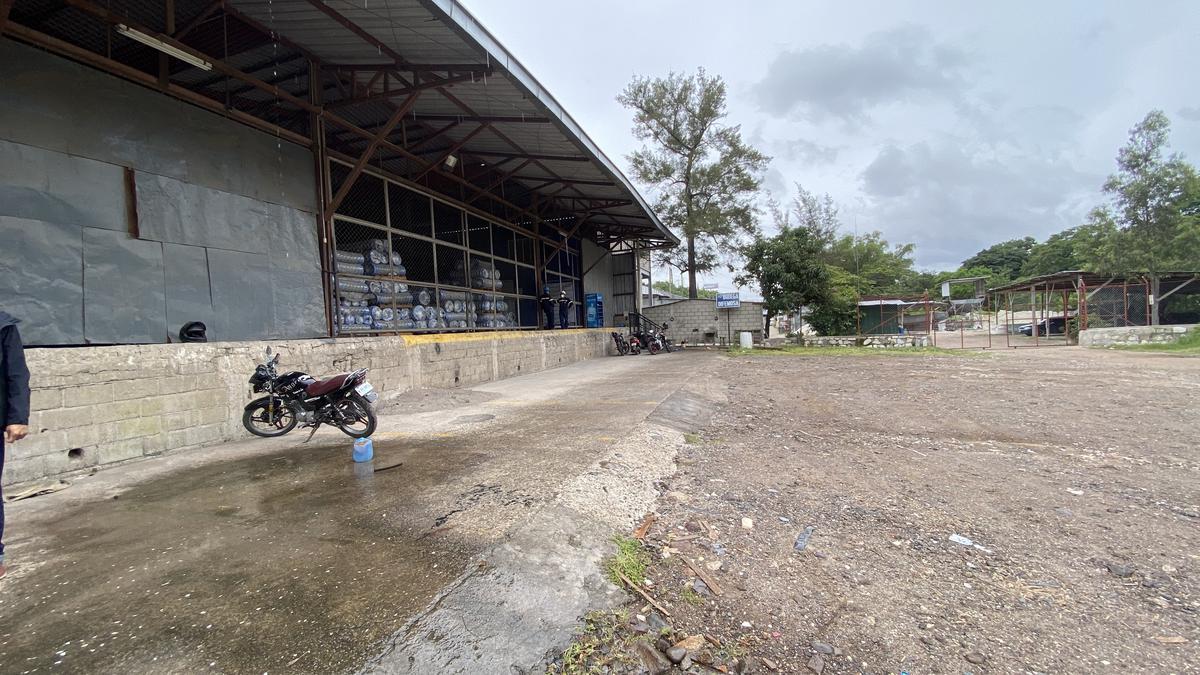 Foto Bodega Industrial en Renta en  Loarque,  Tegucigalpa  Bodega Industrial frente a Carretera al Sur, Tegucigalpa