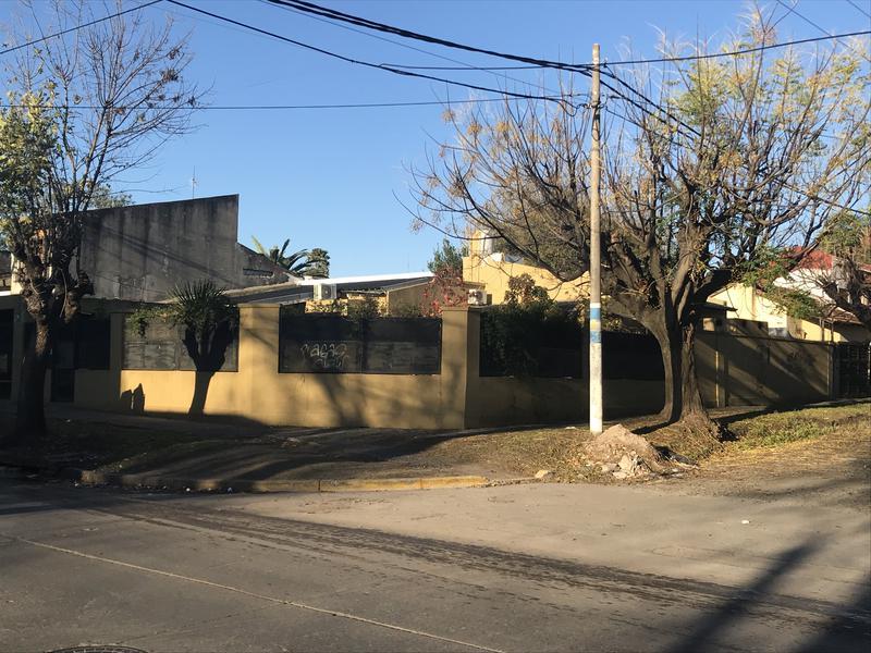 Foto Casa en Venta en  Ituzaingó Sur,  Ituzaingó  Olivera al 1700