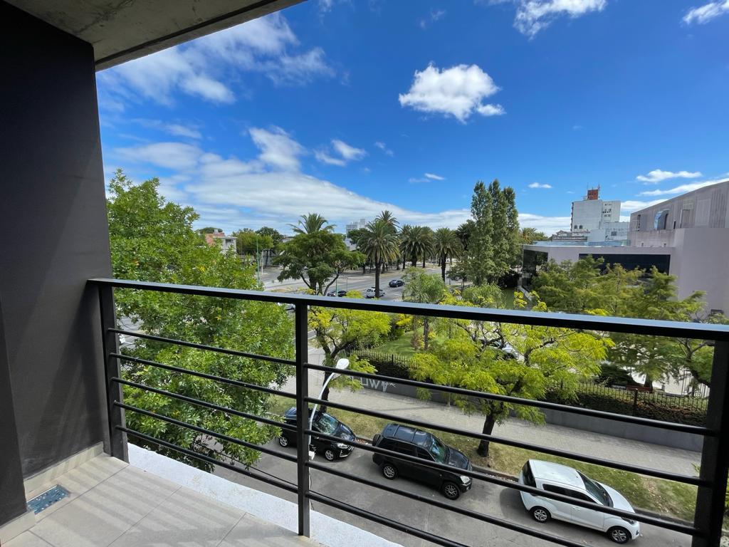 Foto Apartamento en Venta en  Prado ,  Montevideo  1 dormitorio con renta en prado