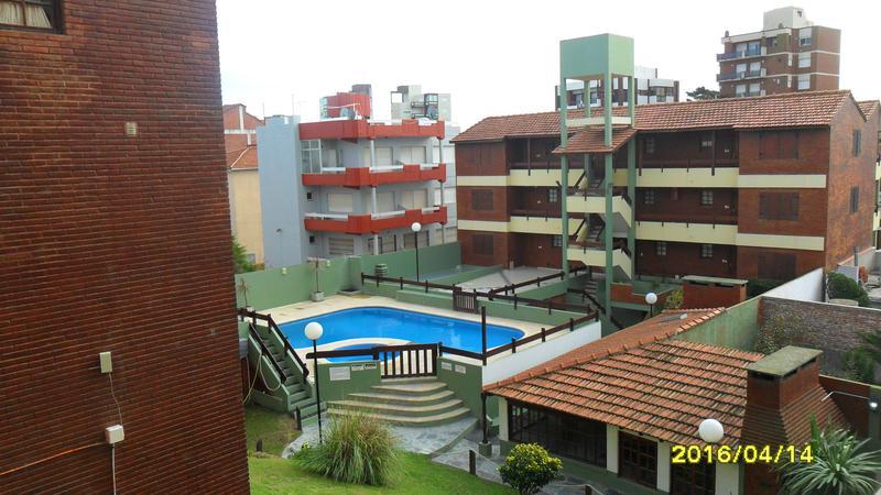 Foto Departamento en Venta en  Villa Gesell ,  Costa Atlantica  Costanera 0  2 P