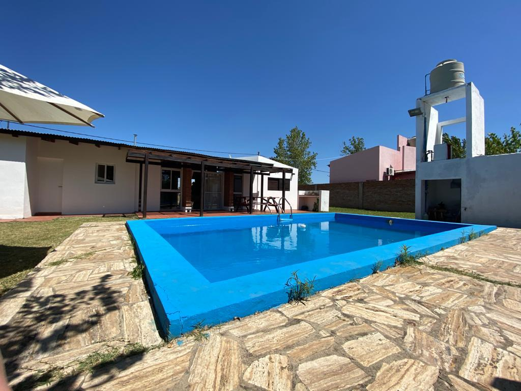 Foto Casa en Alquiler en  Hostal del So,  Rosario  16 de enero 8608