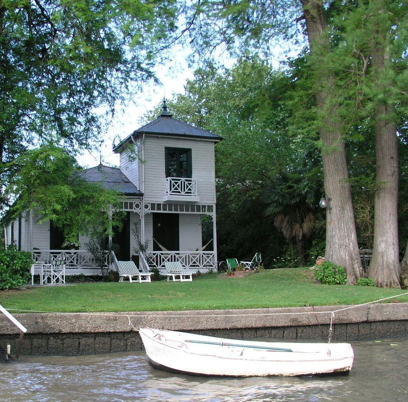 Foto Casa en Venta en  Lujan,  Zona Delta Tigre  Rio Lujan - Frente al Museo Naval