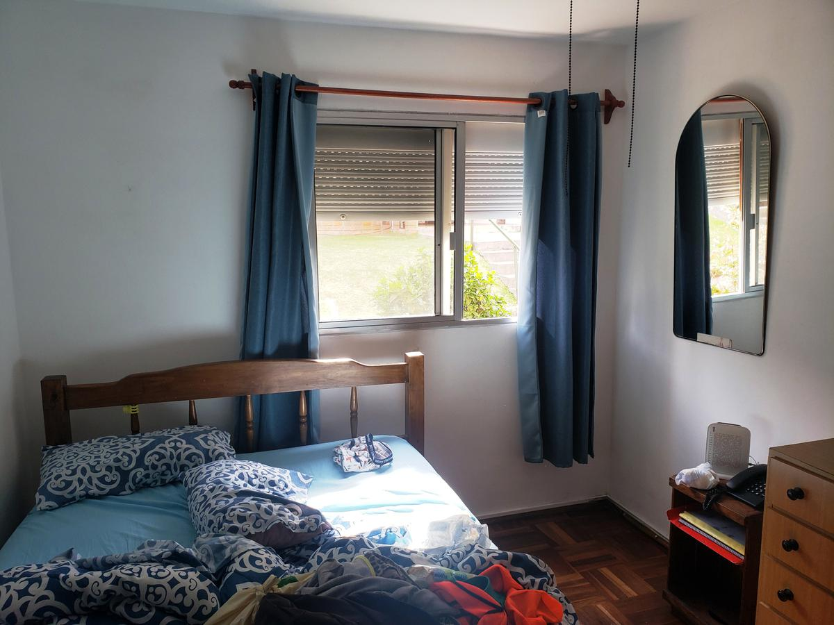 Foto Apartamento en Venta en  Colonia del Sacramento ,  Colonia  Vivienda de 2 dormitorios ubicada a metros de zona comercial