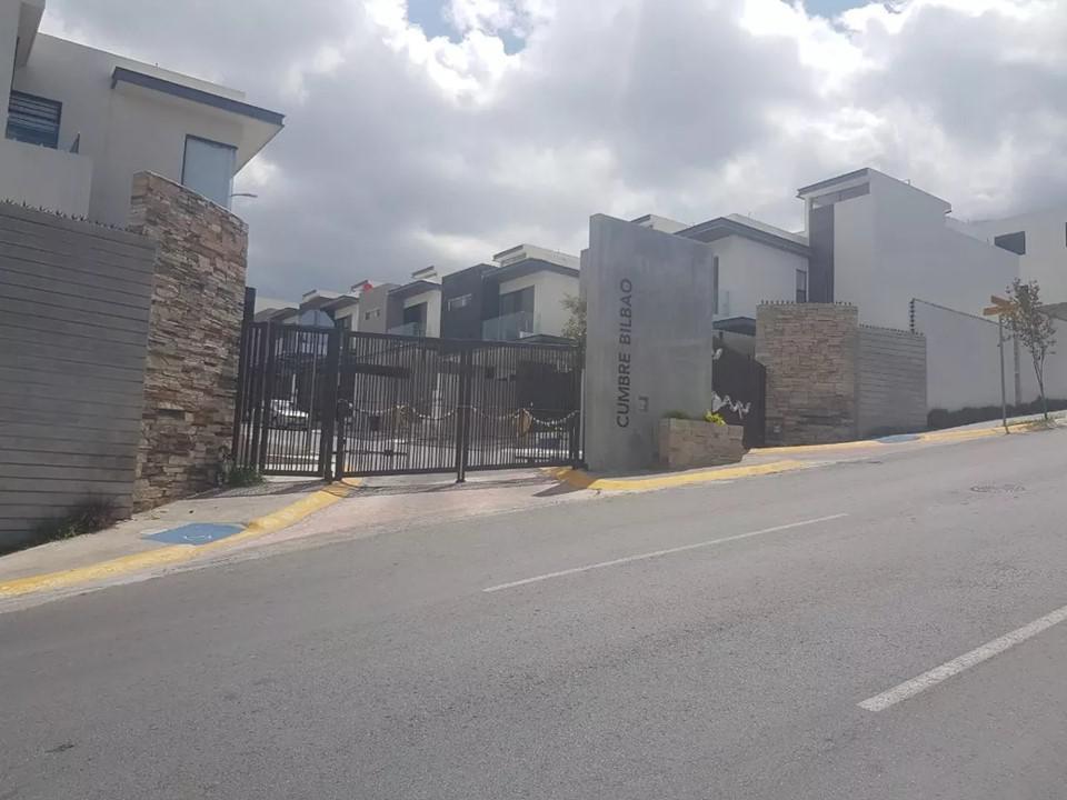 Foto Terreno en Venta en  Cumbres del Sol,  Monterrey  CUMBRES DEL SOL SECTOR BILBAO