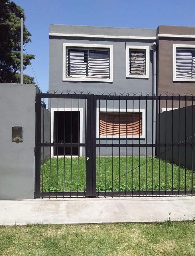 Foto Casa en Venta en  Villa Rosa,  Pilar  La Pampa al 1800