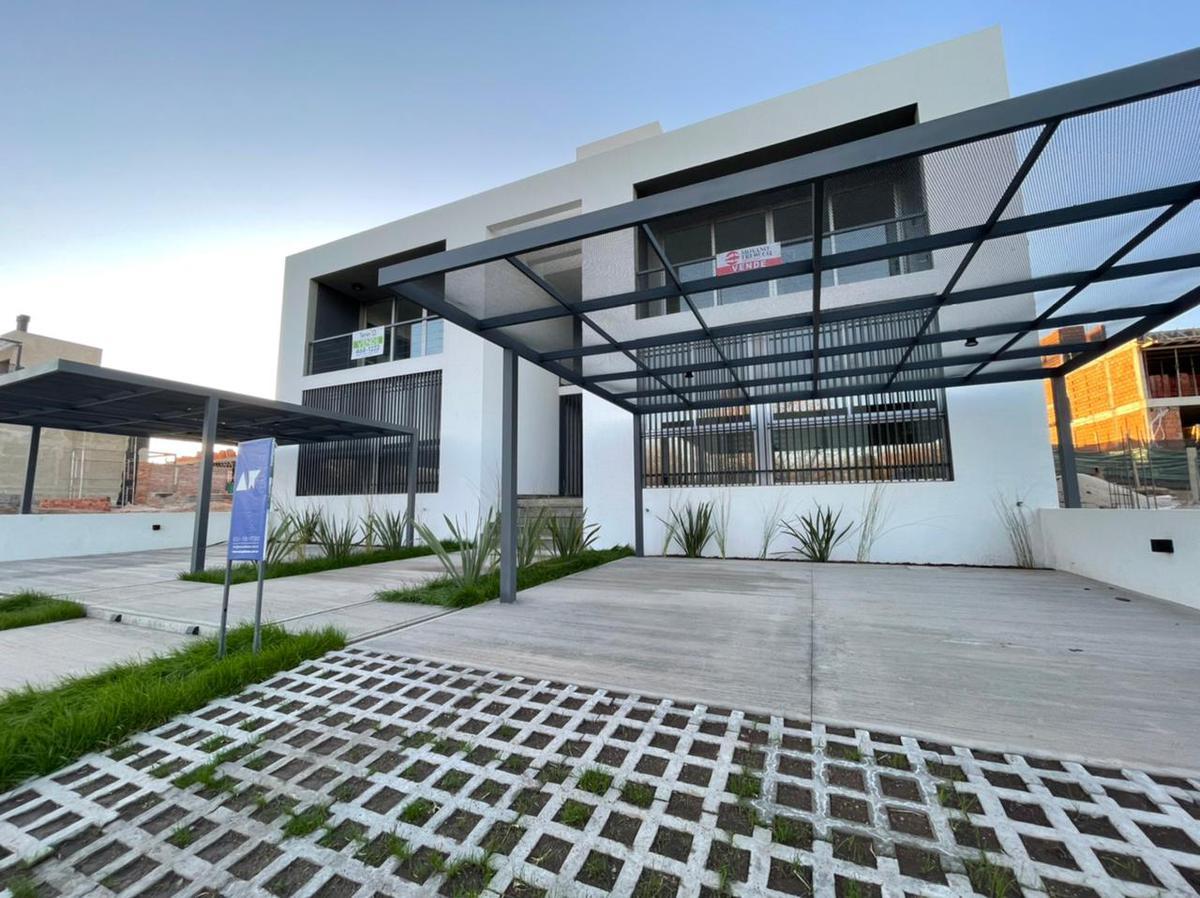 Foto PH en Venta en  Costas de Manantiales,  Cordoba Capital  Costas de Manantiales - Duplex con Terraza y Cochera!