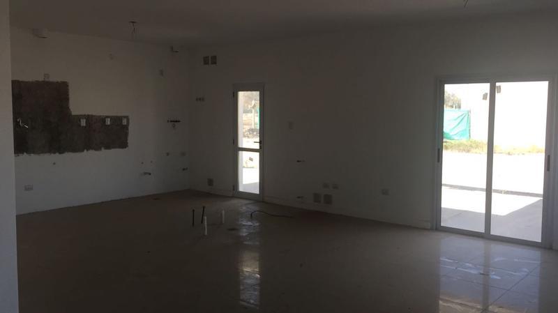 Foto Casa en Venta en  Rivadavia ,  San Juan   Ayres Village - Manuel Zaballa s/n (calle Cabaña) casi S. Cabral (Calle Coll)