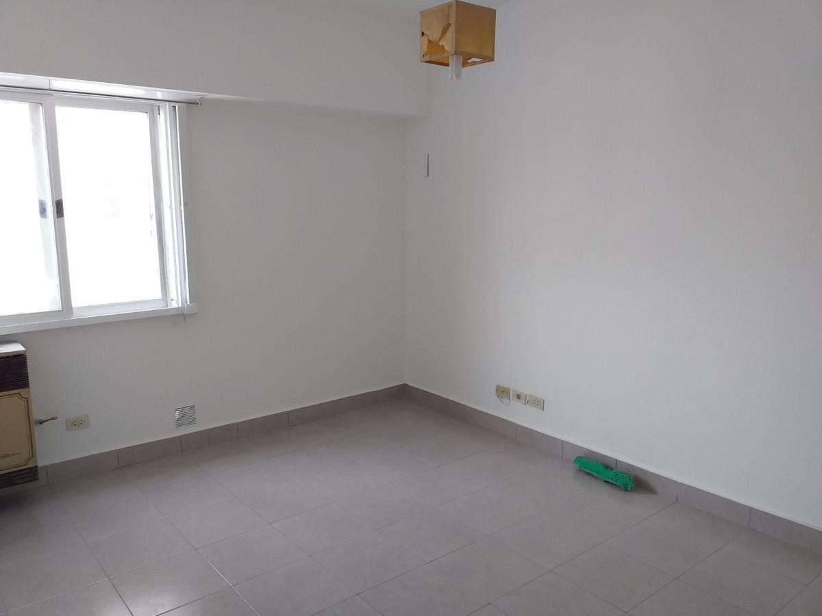 Foto Departamento en Alquiler en  Ramos Mejia,  La Matanza  Av. Gaona al 2200