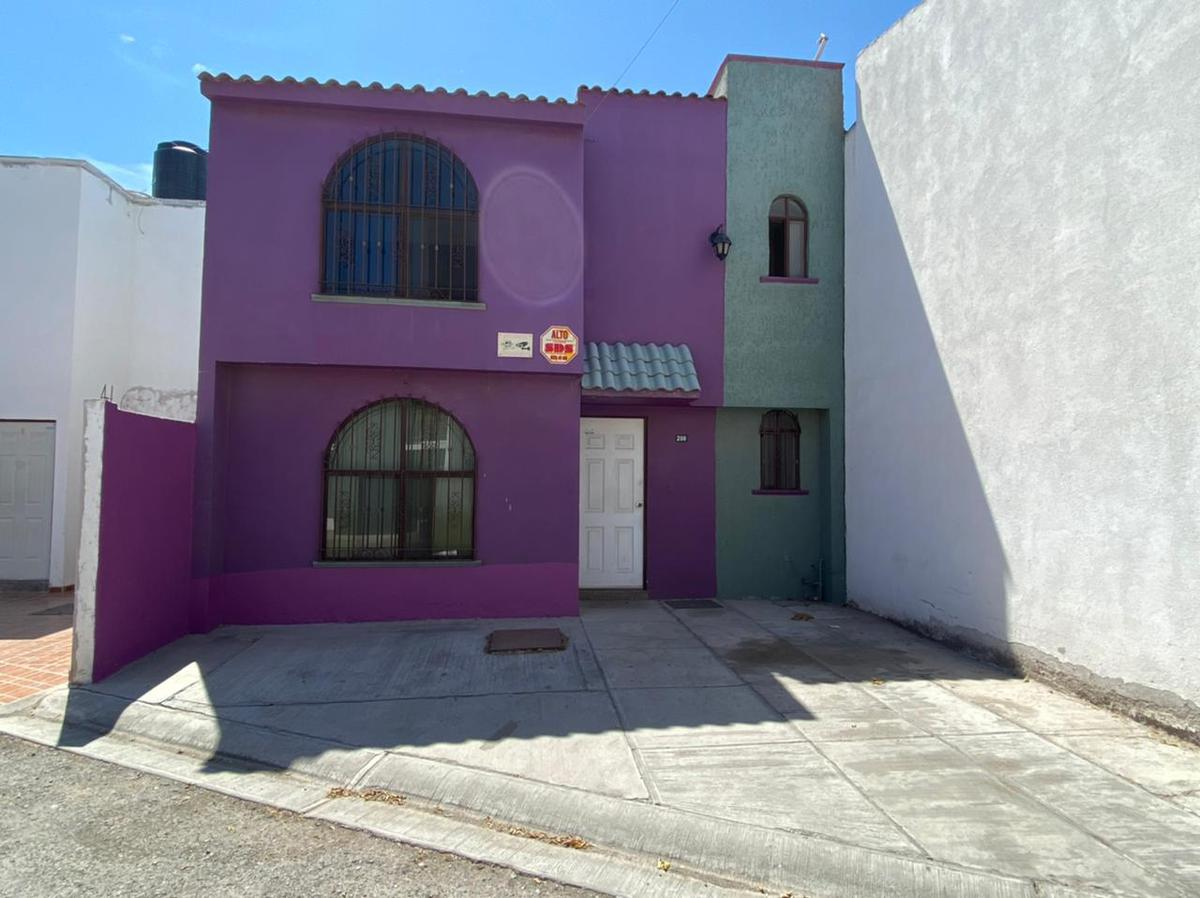 Foto Casa en Renta en  San Luis Potosí ,  San luis Potosí  CASA EN RENTA EN COL. LAS PALOMAS, SAN LUIS POTOSI
