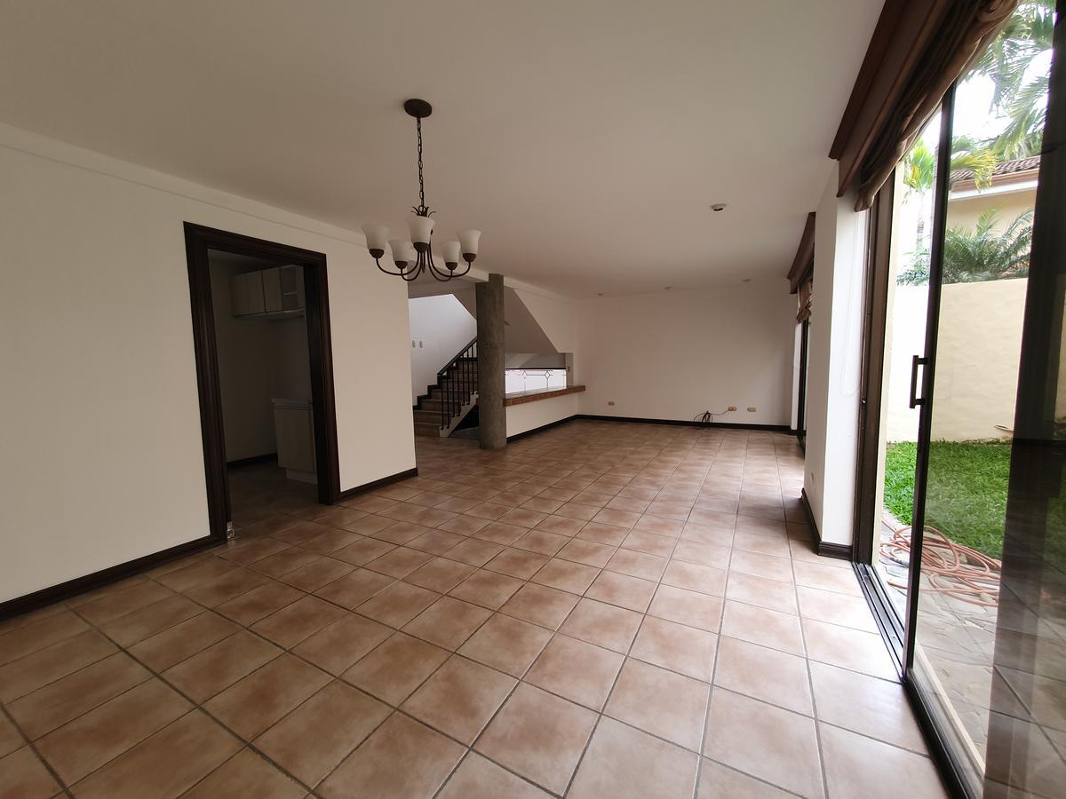 Foto Casa en condominio en Venta en  San Rafael,  Escazu  Jaboncillo / Amplia / Iluminada
