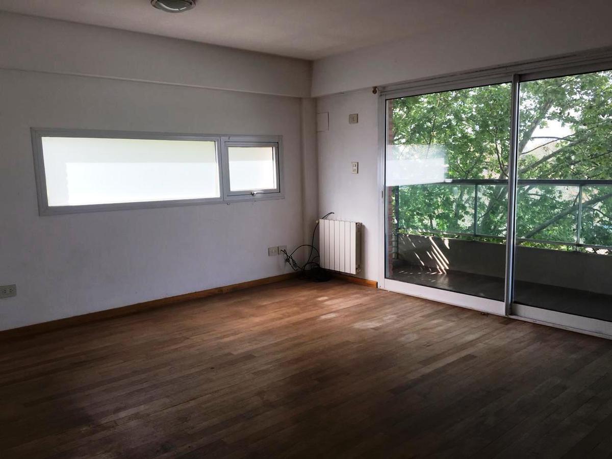 Foto Departamento en Alquiler en  Parque,  Rosario  Viamonte al 2800