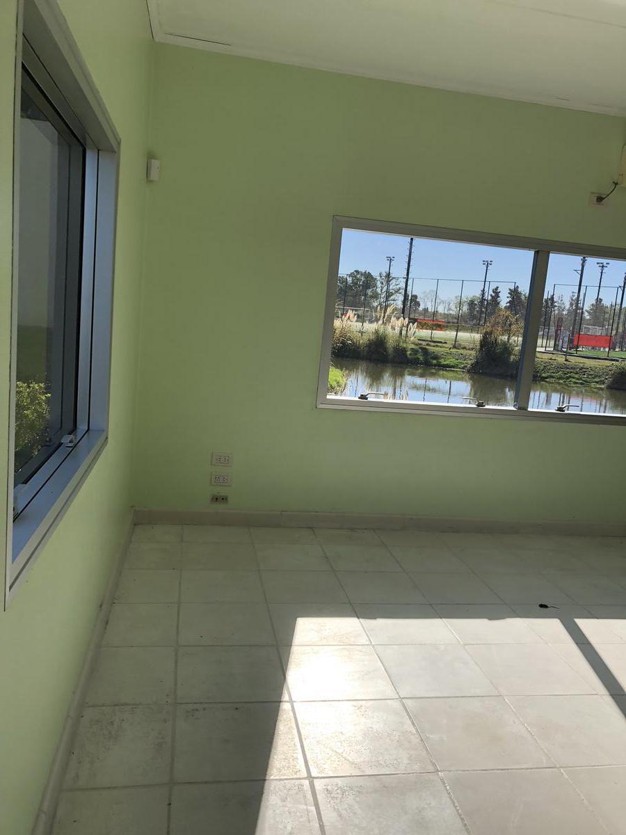 Foto Oficina en Venta en  Tigre ,  G.B.A. Zona Norte  Av. Agustín M. García 8852, Benavidez, Buenos Aires