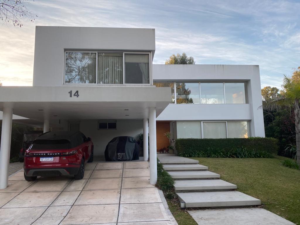 Foto Casa en Venta en  Abril Club De Campo,  Countries/B.Cerrado (Berazategui)  La Reja 14 al 100