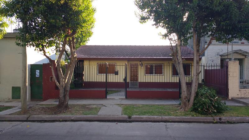 Foto Casa en Venta |  en  Turdera,  Llavallol  SAN MATEO 1400
