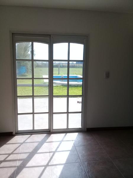 Foto Casa en Venta en  Funes,  Rosario  Nuestra Señora del Carmen 800