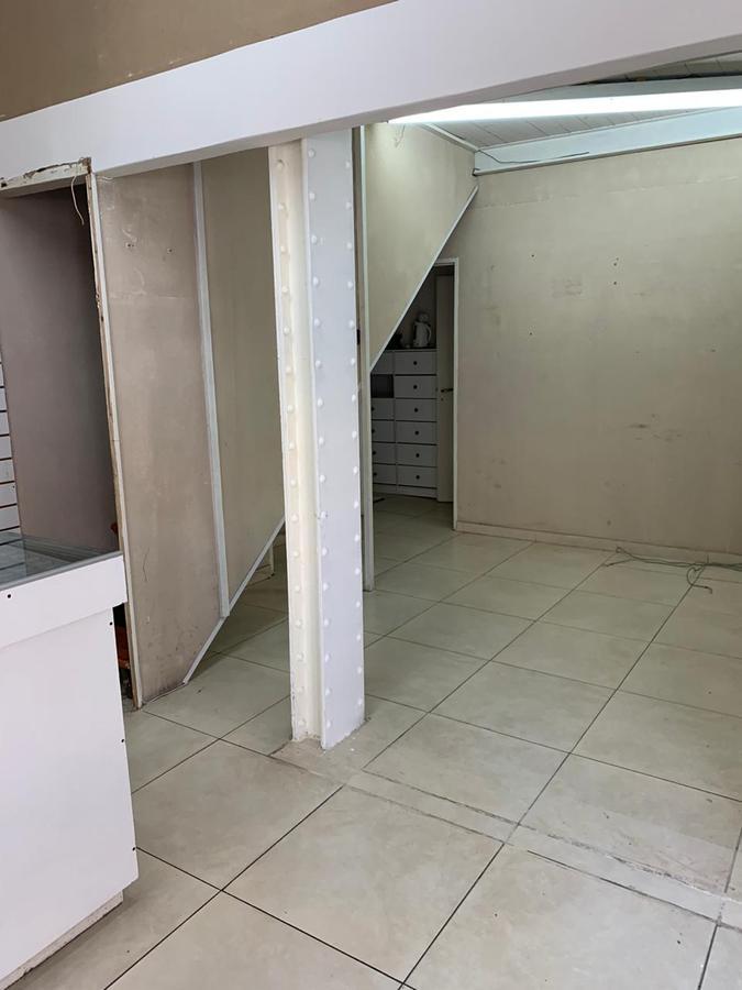 Foto Local en Alquiler en  Balvanera ,  Capital Federal  Presidente Peron al 1200