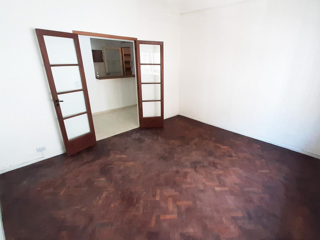 Foto Departamento en Alquiler en  San Telmo ,  Capital Federal  Tacuarí al 700