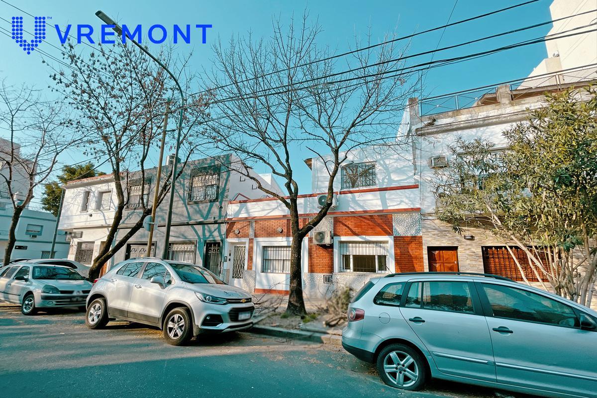 Foto Casa en Venta en  Monte Castro ,  Capital Federal  Marcos Paz 2000
