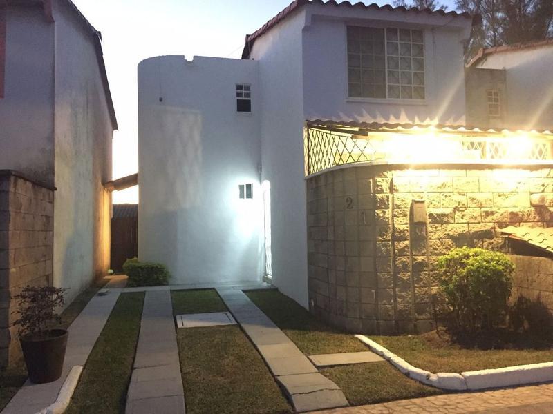 Foto Casa en Venta en  Fraccionamiento Residencial Real Campestre,  Altamira  Casa en Fracc. Real Campestre excelentes condiciones